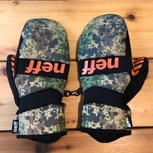 Neff snowboard mittens